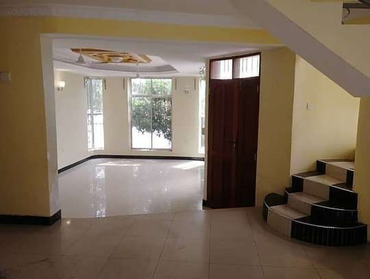 5 BEDROOMS HOUSE FOR RENT AT MBEZI BEACH JUU image 2