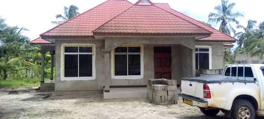 3 bed room big house for sale at chanika image 1