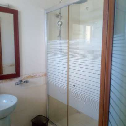 Spacious 1bdrm Apartment for short and longterm image 3