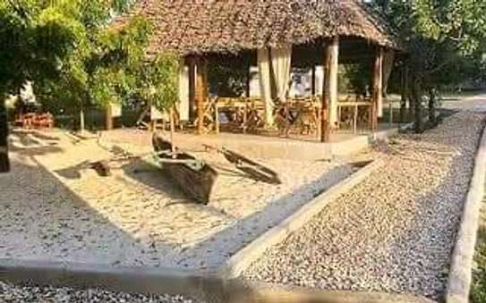 Beautiful Hotel Lodge for Rent; image 9