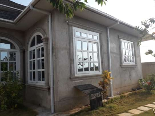 SIX BEDROOMS HOUSE FOR RENT image 6