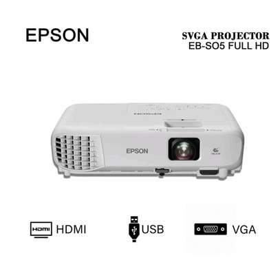 epson projector EB S05 image 1