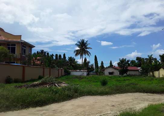 900 Square Meters Residential Land / Plot in Mbezi Beach image 2