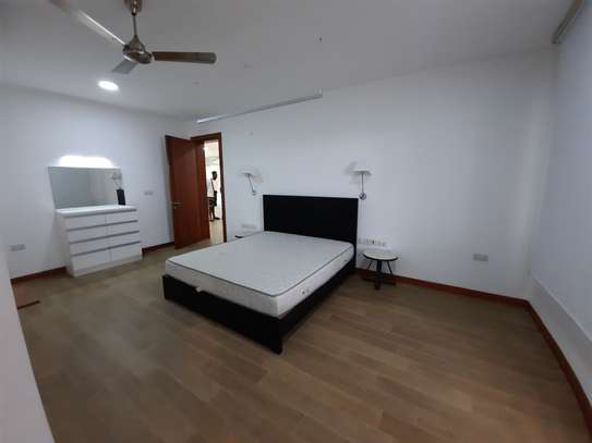 3 BEDROOMS LUXUARY APARTMENT FOR RENT image 6