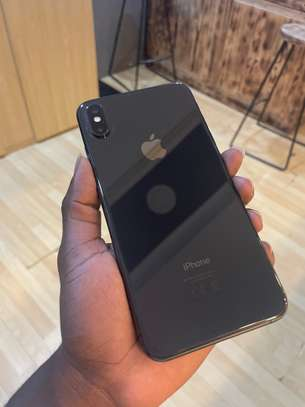 iPhone XS Max 64GB spacegray  For sale image 3