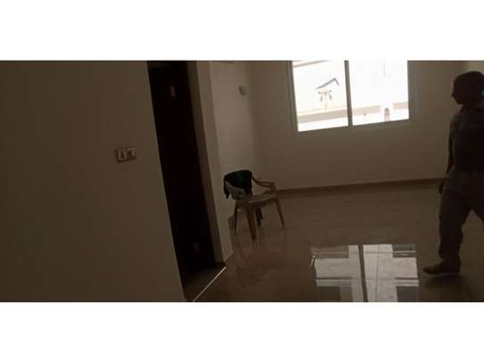 4bed all ensuite town house at oyster bay $2500pm image 11