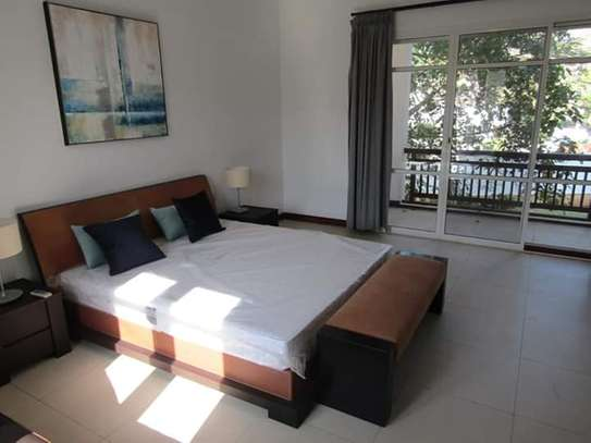 4 Bedrooms Luxury Full Furnished Apartments in Oyster Bay Peninsula image 5