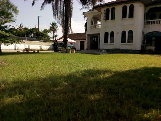5bed house with big compound at mikocheni warioba image 1