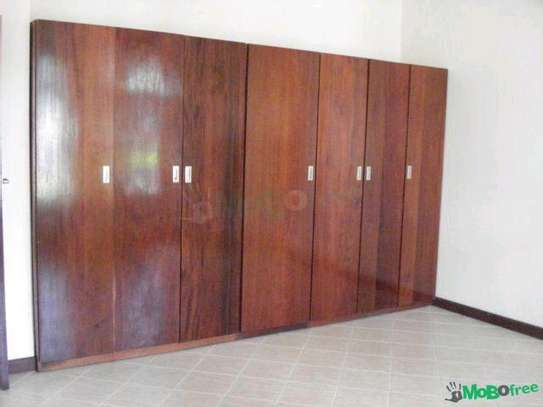 House for sale in mikocheni. image 5