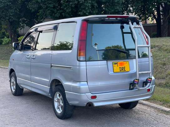 2000 Toyota Town Ace image 3