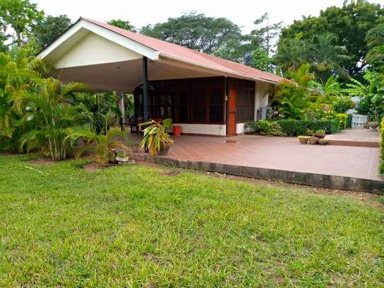 3 bed room big house stand alone for rent at oyster bay image 1