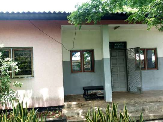 3bed house at kimara temboni tsh 300,000 image 4