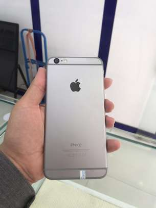 Iphone 6plus 128gb used from UK image 3