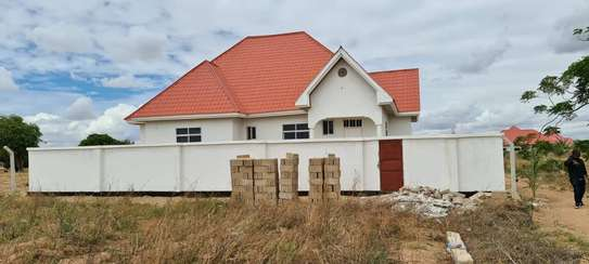 HOUSE FOR SALE ST MARK'S DODOMA image 3