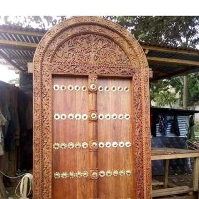 Zenjibar doors & carved furnitures market image 9