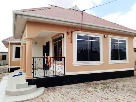 4 BEDROOMS HOUSE FOR RENT IN IPAGALA- DODOMA image 1