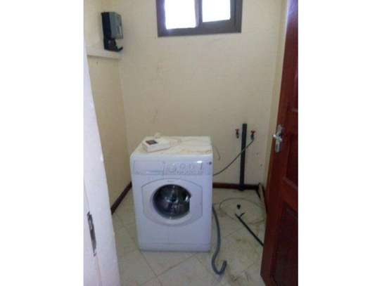 4bed house at oyster bay $2000pm z image 5