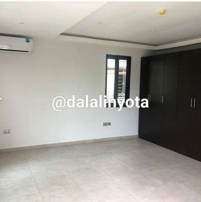 HOUSE FOR RENT VILLA image 3