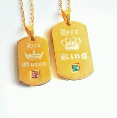 Gold King And Queen Necklace For Couple