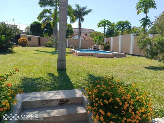2 beautiful villah for Rent at Oysterbay with 3bedroom each, swimming pool for only usd 4000 image 3