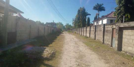 TWO houses forsale 3300sqm at mbezi beach  cheap price image 1