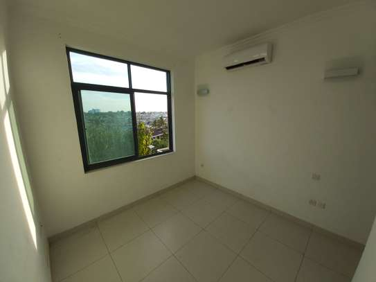 3 bedrooms apartment at victoria place image 5