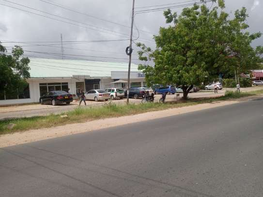 office along alhasan mwiny rd $2000pm area 400sm located at moroko