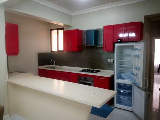 3 bedroom apartment for rent in Upanga image 4