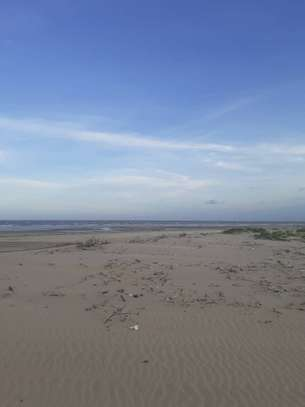 Beautiful Beach Campsite For Sale at Bagamoyo image 6