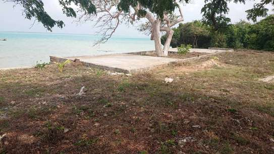SEACLIFF LAND FOR SALE IN ZANZIBAR
