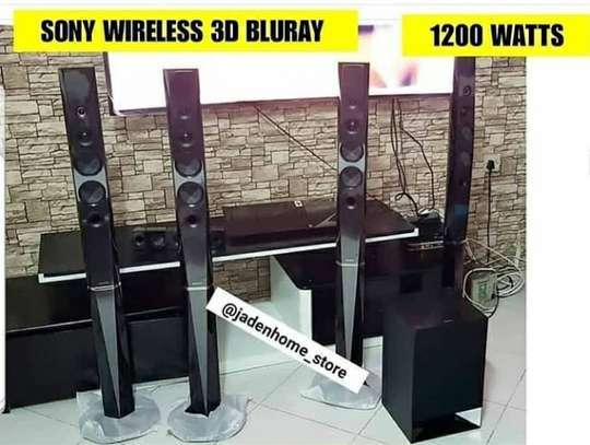 SONY BLURAY HOMETHEATER 1200 WATTS