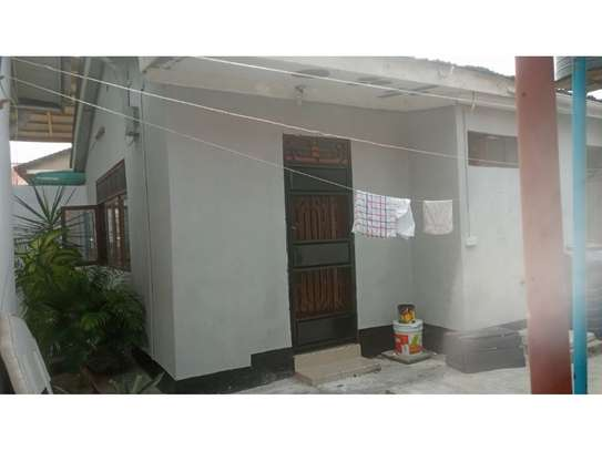 2 bed room house in the compound for rent at mikocheni image 2