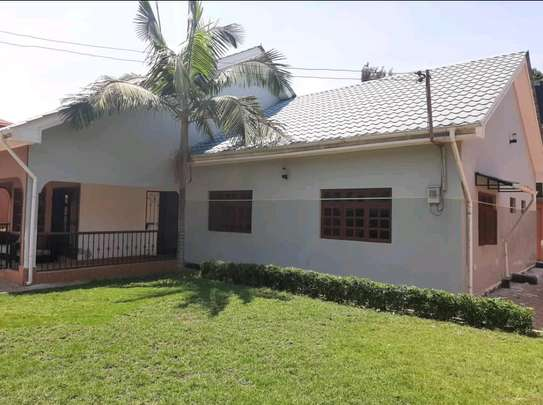 4BEDROOMS HOUSE IN SAKINA-ARUSHA image 3