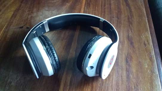 BLUETOOTH(stereo headphones)charge masaa 12.