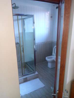 3 bedrooms Apartment Msasani image 4