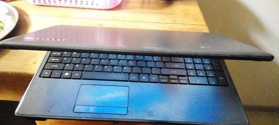Acer laptop image 5