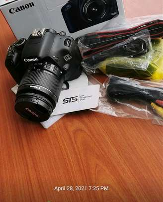 CANON EOS 550D WITH LENS 18-55MM image 1