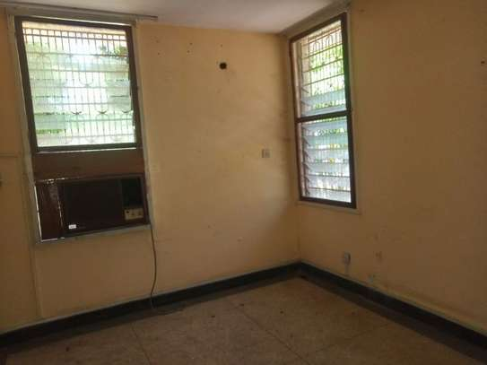 3bed house at regent estate $800pm image 12