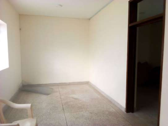 8bed houe at mikocheni $2000pm i deal for office image 9