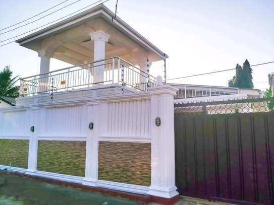 3 Bedrooms House at Mikocheni image 3