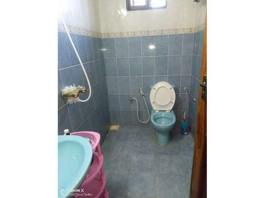 2bed house in the compound at masaki $600pm image 2