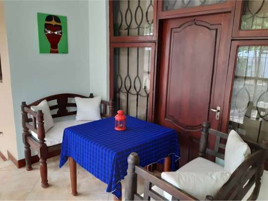 shortay rent $30 per bed a beautfuly house located  at ununio image 9