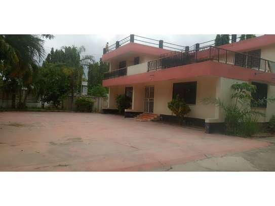 4bed house at mikocheni a with big parking