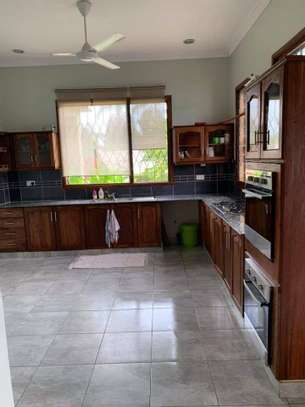 4bed beautfully house at masaki $5000pm nice pool fantastic garden ch image 12
