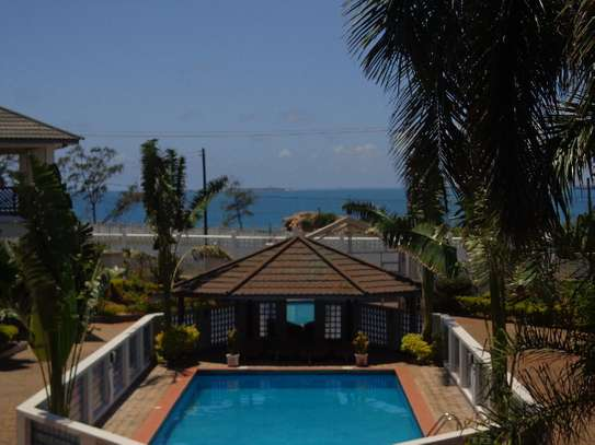 studio at masaki  toure drve with nice sea view $500pm