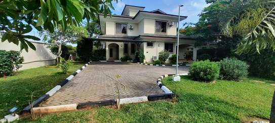 a fully furnished villas at masaki very cool MP street are for rent now image 1