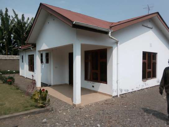 3BEDROOM HOUSE FOR RENT AT SEKEI- ARUSHA image 1