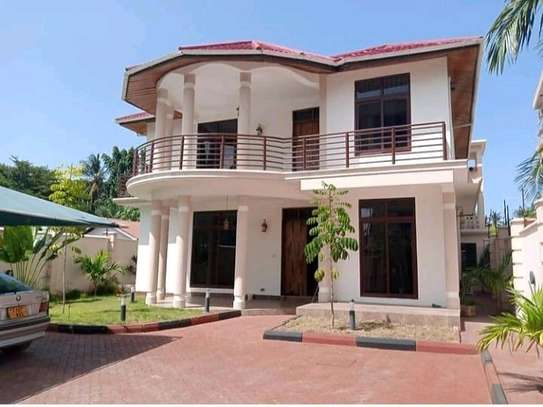 HOUSE FOR SALE 4BEDROOMS AT MIKOCHENI image 7