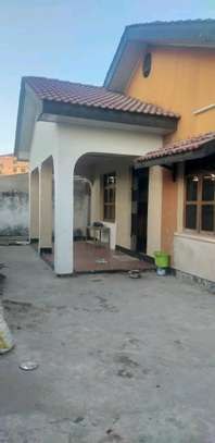 House for sale in makumbusho. image 4