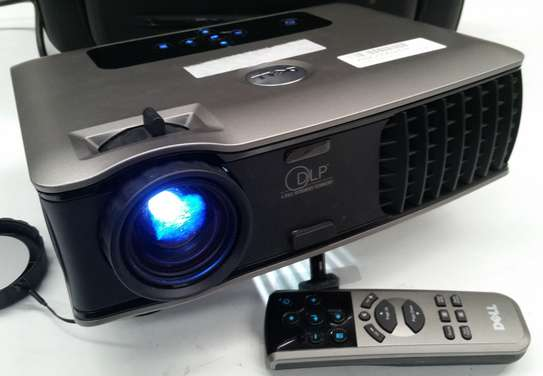 DELL DLP PROJECTOR image 6